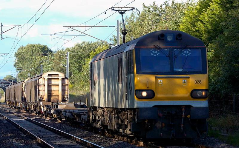 92028 Saint Saens, 6O12, Carnforth, Wed 10 August 2005 - 1843.  My only previous shot of 92028, seen on EWS's 1723 Carlisle - Eastleigh Enterprise.