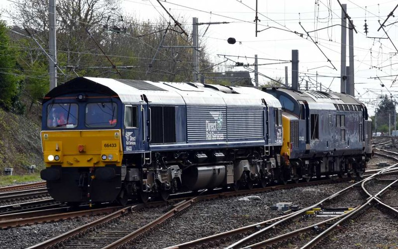 66433 & 37422 DIT, 0Z42, Carnforth, Tues 18 April 2017 - 1624.  The duo set off for Kingmoor.  They had come from Barrow, where 37422 had failed on 2C32 0515 Carlisle - Preston.  66433 had taken 37401 to Barrow via Carnforth (0Z41) to replace 37422. 37402 was on the other diagram.