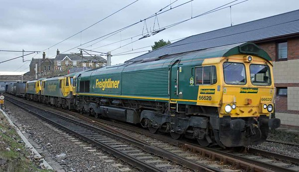 66620 + 90045 & 90049 (both DIT), 4M27, Carnforth Mon 30 January 2017 - 1419 1.  The 0525 Coatbridge - Daventry Freightliner, running 330 late after the 90s failed at Beattock summit and the 66 had to be scrambled from Carlisle yard.  There were few delays because 4M27 had failed on the running line, and up trains passed it by running through the loop.
