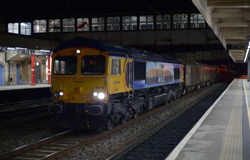 66709 Sorrento, 6M64, Lancaster, Thurs 20 April 2017 - 2207 1.  GBRf's 1929 Carlisle yard - Bicester freight.