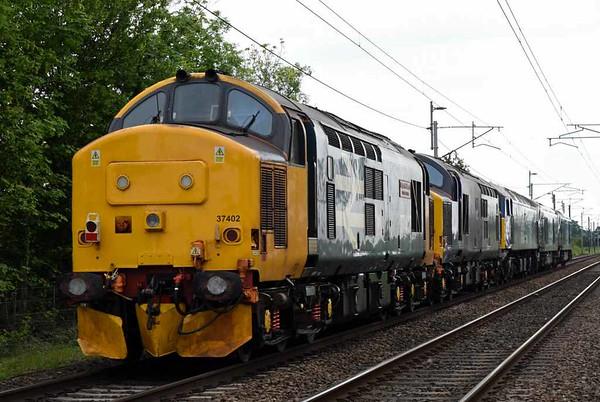 68008 Avenger, 68021 Tireless, 57007, 37422 & 37402 Stephen Middlemore, 0K27, Carnforth, Thurs 1 June 2017 - 1630 3.