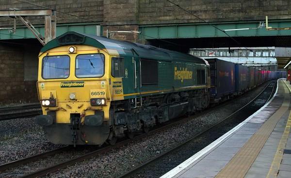 66519, 4M34, Lancaster, Wed 4 January 2017 - 0819.  J G Russell's 0428 Coatbridge - Daventry Freightliner.