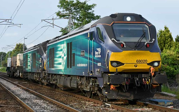 68020 Reliance & 68005 Defiance, 6K73, Carnforth, Thurs 1 June 2017 - 1935.  DRS's 1723 Sellafield - Crewe. The leading wheel of 68020 is about to pass over a fishplate which had just been installed because the previous one had cracked.