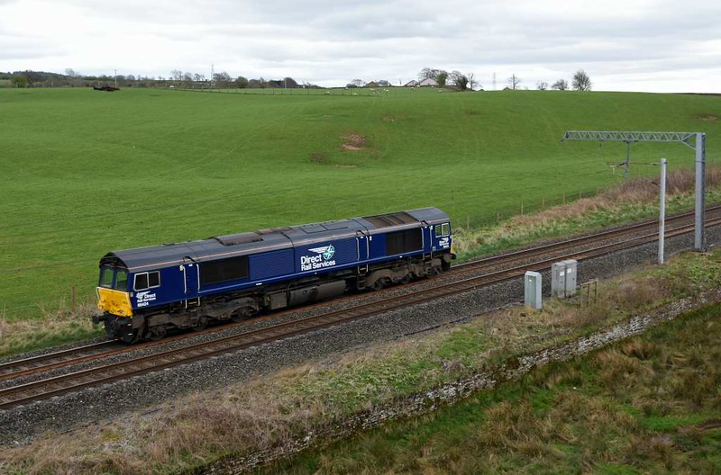 66424, 1Z99, Penrith, Wed 5 April 2017 - 1514.  The DRS 'Thunderbird' heads for 6S94 at Grayrigg, reached via Oxenholme.