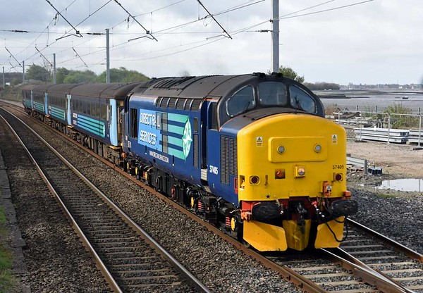 37405, 2C47, Hest Bank, Wed 5 April 2017 - 1032.  Northern's 1004 Preston - Barrow. This was the loco's first day on the Cumbrian coast services.