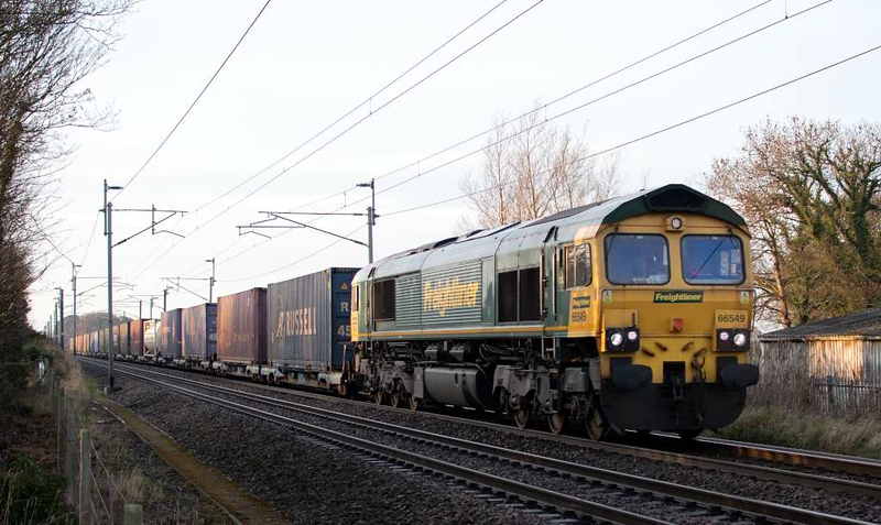 66549, 4S53, Carnforth, Tues 27 November 2018 - 0855.  Freightliner's recently introduced 0503 Daventry - Coatbridge.  The 4M84 return leaves Coatbridge at 0015.