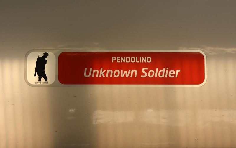 390119 Unknown Soldier, Euston, Mon 18 March 2019 1.