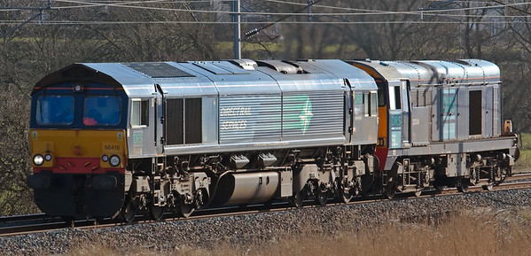 66418 & 20304, 0C52, Hest Bank, 27 March 2008 - 1543    The odd couple return to Sellafield after delivering flasks to Heysham.