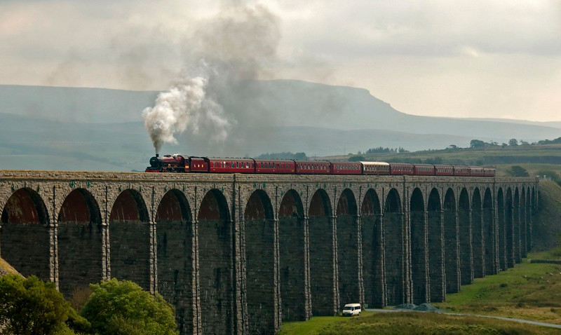 5690 Leander, 1Z62, Ribblehead Viaduct, 20 September 2008 - 1240    The Jubilee forges north with Past Time Rail's 'Pennine Limited' from Hereford.  Leander worked the train from Hellifield to Carnforth via Settle and Shap.