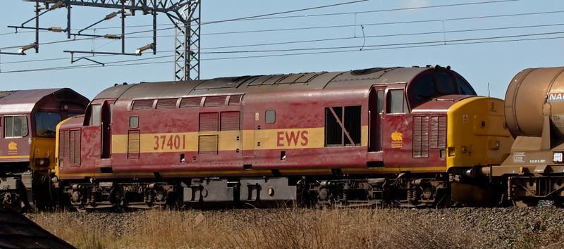 37401, 6Z66, Carnforth, 17 March 2008 - 1218    The 37 was dead behind 66221 & 66186 on a delayed Carlisle - Warrington Enterprise.