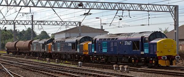 37667, 37606 & 37611, 6C42, Carlisle, 24 July 2008 - 1123    DRS's MTThO 0955 Sellafield - Kingmoor acid tanks.