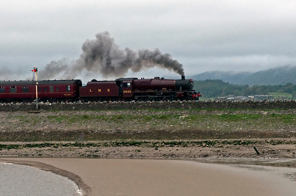 5690 Leander, 1Z62, Arnside, 9 August 2008 - 1646 2    Leander opens up after clearing the viaduct.
