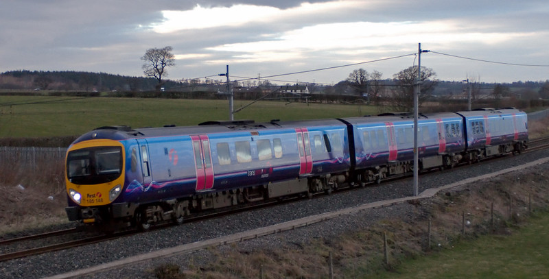 185148, Penrith, 17 March 2008 - 1731   The 1552 Edinburgh - Manchester Airport.