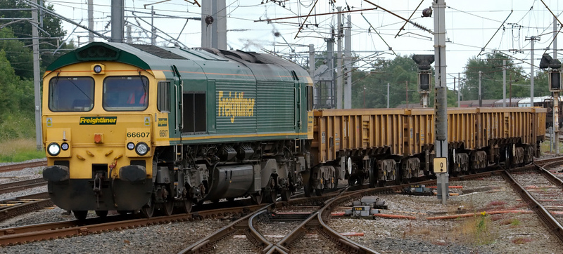 66607, 6Z26, Carnforth, 16 July 2008 - 1009    Freightliner's 0757 Crewe - Carlisle departmental.