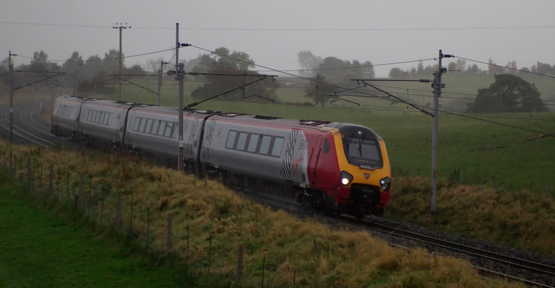 221144 Prince Madoc, Penrith, 13 October 2008 - 1642    Virgin's 1403 Birmingham - Edinburgh in the rain.