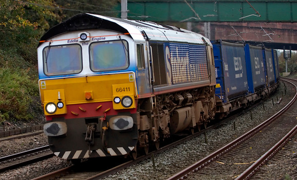 66411 Eddie the Engine, 4S43, Hest Bank, 15 October 2008 - 1021    Eddie is a fixture on the Stobart/Tesco Expresses.