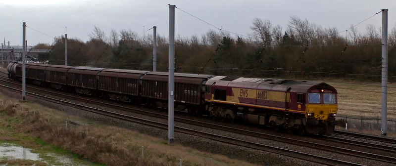 66182, 6E33, Winwick, 18 December 2008 - 1404    EWS's 1355 Arpley - Immingham Enterprise.