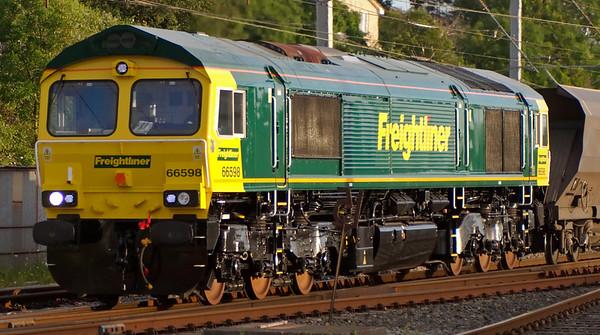66598, 4Z06, Carnforth, 25 June 2008 - 2047 2    A closer look at the pristine loco.