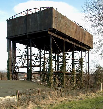 Water tower, Carnforth, 30 March 2008