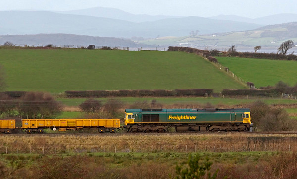 66952, 6Z26, Hest Bank, 21 November 2008 - 1043    Freightliner's 0800 Crewe- Carlisle departmental.
