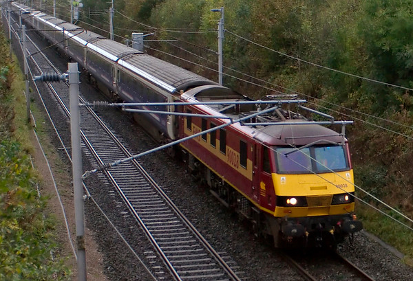 90028, 1S26, Carnforth, 20 October 2008 - 0910    First ScotRail's Euston - Glasgow / Edinburgh sleeper heads north over 5 hours late following signalling problems near Acton Bridge.  1S25 to Inverness etc had escaped, but both southbound sleepers were also delayed.