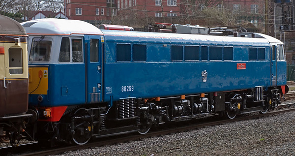 86259 (E3173) Les Ross, 1Z86, Preston, 1 March 2008 - 1242   The newly restored and gleaming 86 had worked the train from Birmingham to Liverpool, but was dead on the rear between Liverpool and Preston.