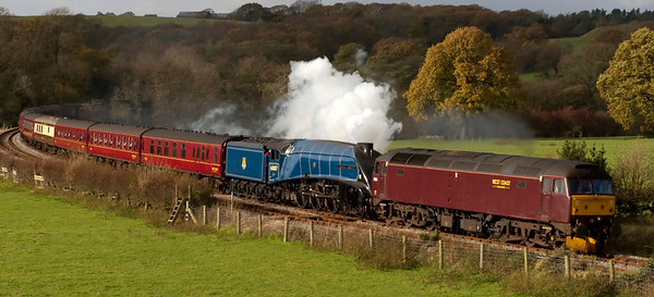 47854 & 60007 Sir Nigel Gresley, 5Z60, Wennington, 7 November 2008 - 1235 1   An ECS move from Carnforth to Scarborough for the Rly Touring Co's 8 November 'Cheshireman' from Scarbourough to Crewe.  The A4 was booked to work the outward leg.