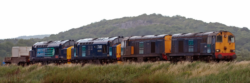 20313, 20310 Gresty Bridge, 37688 Kingmoor TMD & 37229 Jonty Jarvis, 6K73, Silverdale, 16 July 2008 - 1715    DRS were probably using the 1538 Sellafield - Crewe to move locos to Gresty Bridge for their forthcoming open day.