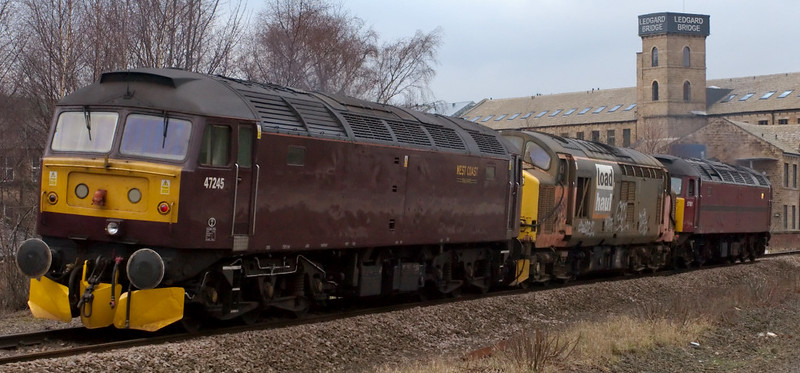 57601, 37517 & 47245, 0Z57, Mirfield, 28 January 2008 - 1412 4