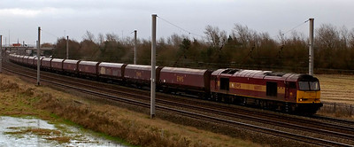 60093, Winwick, 18 December 2008 - 1335     The 60 heads empty HTA coal hoppers to Liverpool Bulk Terminal.