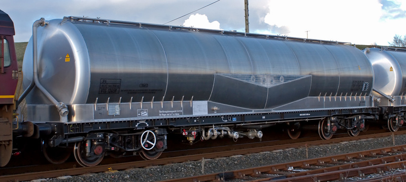 JPA wagon, 6S00, Hellifield, 9 April 2008 - 1920 1    VTG 12459