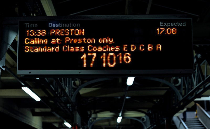 1M12 arrival board, Lancaster, Sun 3 January 2010 - 1710     210 minutes late...
