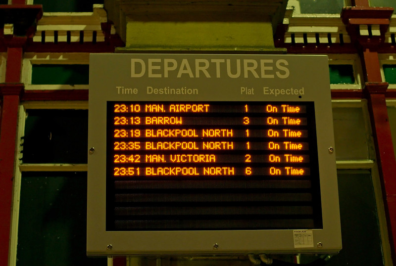 Departures board, Preston, 24 July 2009 - 2308     Services wind down at day's end.