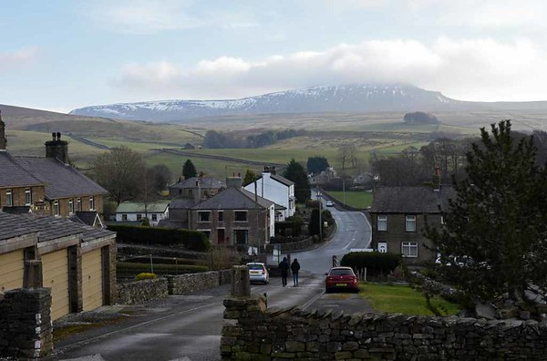 Pen-y-ghent, Wed 15 February 2017.  Seen from Horton-in-Ribblesdale station.