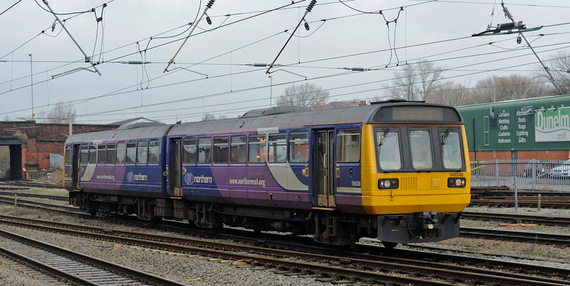 142048, Warrington Bank Quay, Thurs 4 February 2010 - 1300    Northern's 1216 Lime Street - WBQ.