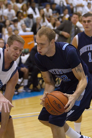 Timberwolves' Will Bowles battles in the paint