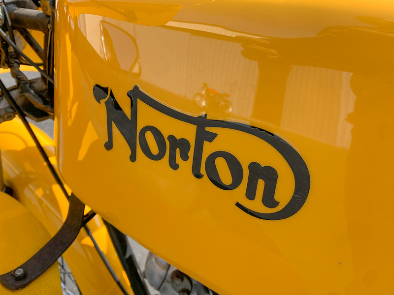 Norton Commando Production Racer Replica -  (15)