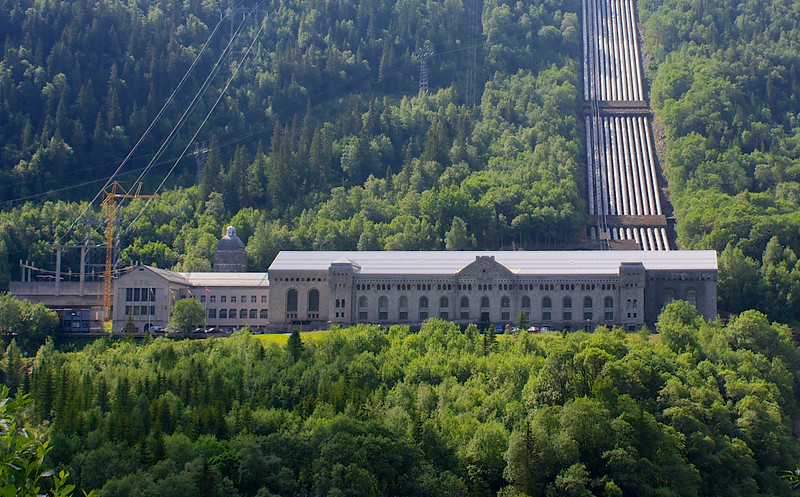 In 1911 the world's largest power station. During World War II one of military's greatest sabotage operations occurred here. Vemork Rjukan.