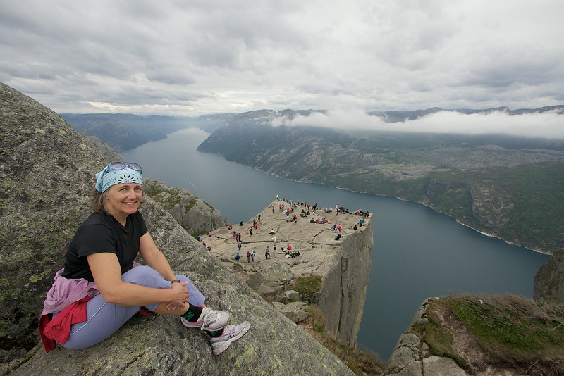 Kaia at Preikestolen