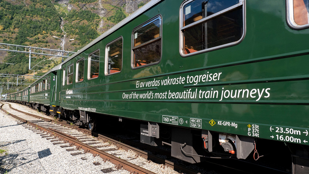 Flam Railway - One of the world's most beautiful train journeys - Green Train