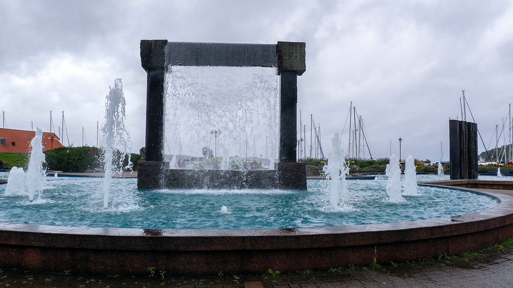 Visit Kristiansand: The Kristiansand Boardwalk Fountain