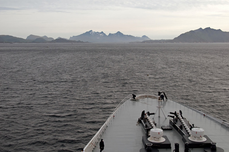 QE2 approaches Gravdal anchorage (Lofoten Islands), 6 June 2008