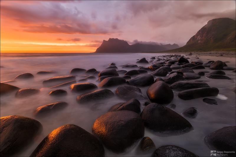 Stone Flashes | Сверкающие камни