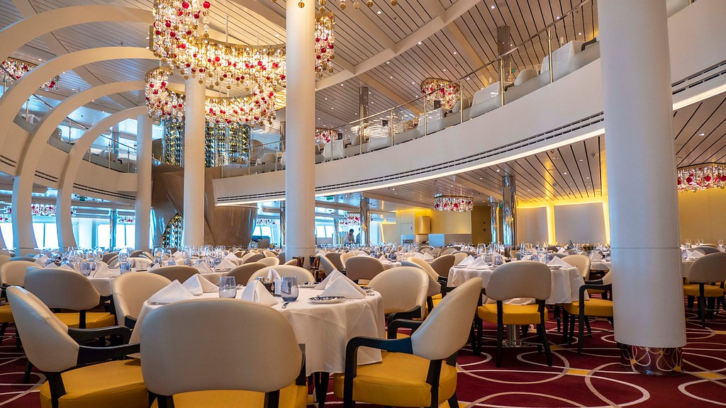 Main Dining Room on Nieuw Statendam, Holland America Line