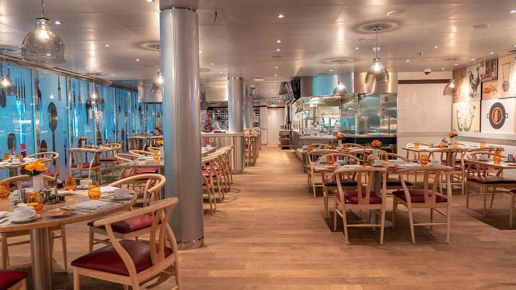 Nieuw Statendam: Dining at Club Orange