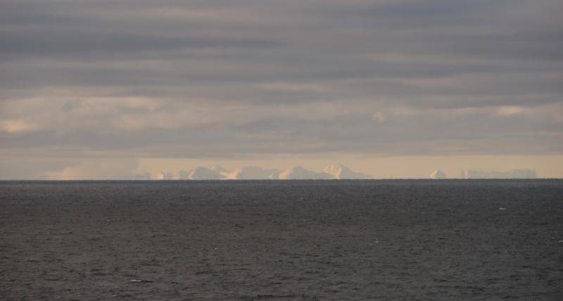 First sighting of Spitzbergen, Queen Elizabeth 2, Barents Sea, 7 June 2008 - 2344