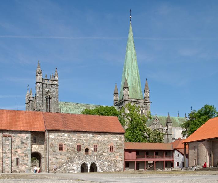 Archbishop's palace and Nidaros Cathedral, Trondheim, 5 June 2008