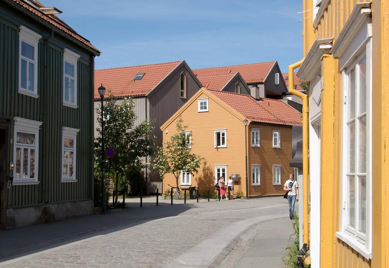 Trondheim street scene, 5 June 2008 2