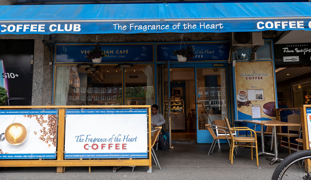 The Fragrance of the Heart in Oslo Norway - Vegetarian cafe