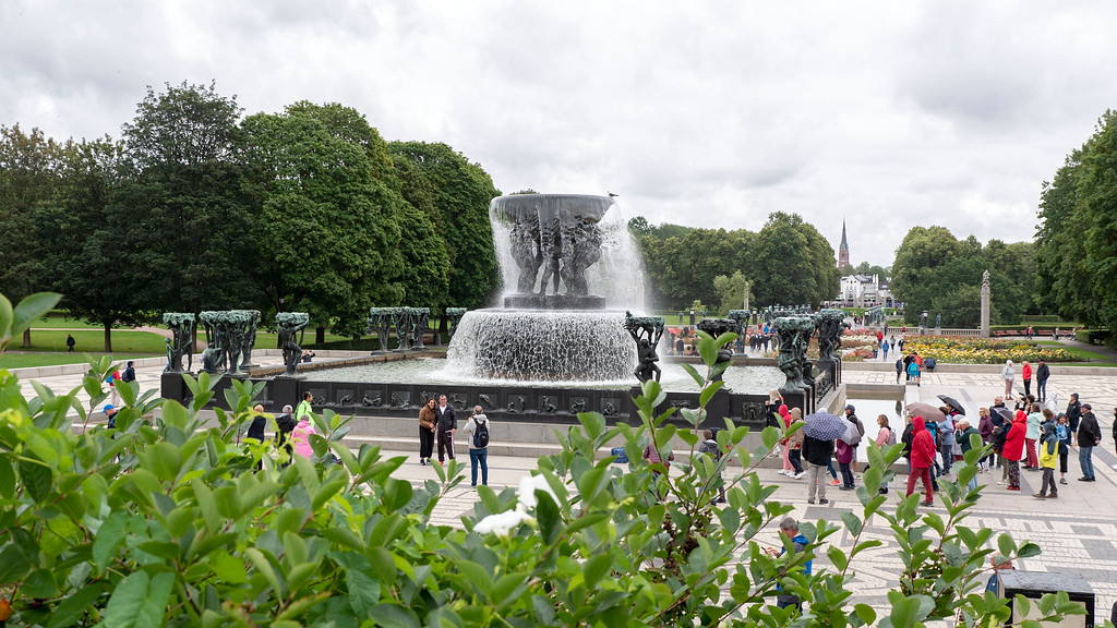The Fountain at Vigeland Park - What to see in Oslo